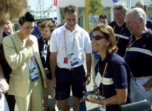 Sommar-OS Sydney 2000. Drottning Silvia, Therese Alshammar Bjöšrn Folin, Stefan Lindeberg och C-G Anderberg.